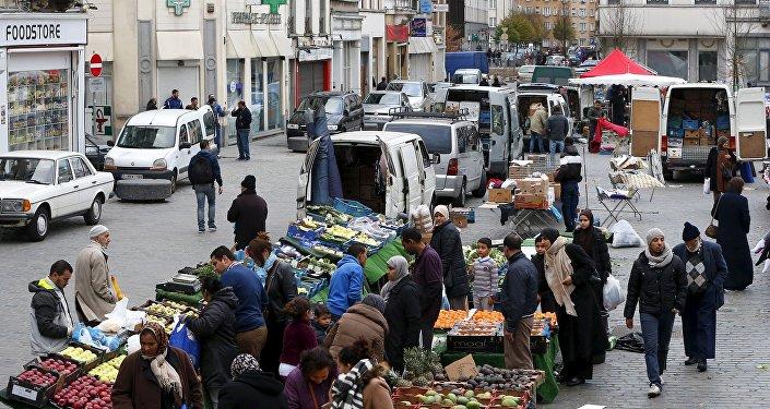 O bairro superlotado de Molenbeek na cidade belga de Bruxelas