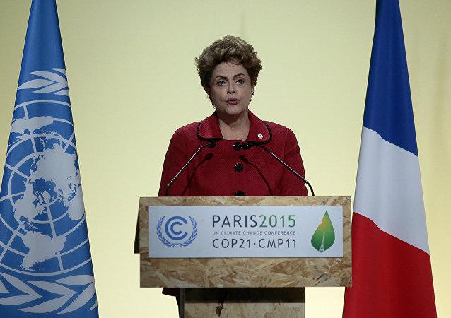Dilma Rousseff, presidenta do Brasil, em discurso na Cop 21, em Paris