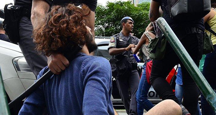 Protesto de estudantes contra reforma escolar do governador Geraldo Alckmin em São Paulo