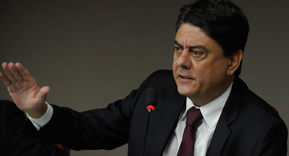 Deputado federal Wadih Damous, do PT, do Rio de Janeiro, apoia decisão do STF em suspender processo de impeachment presidencial