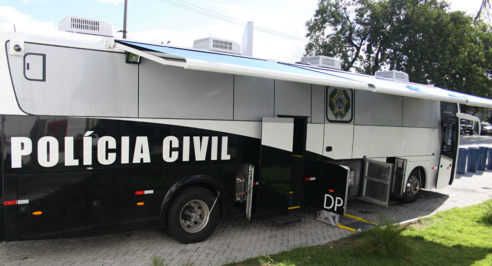 Delegacia móvel da Polícia Civil do Estado do Rio de Janeiro.