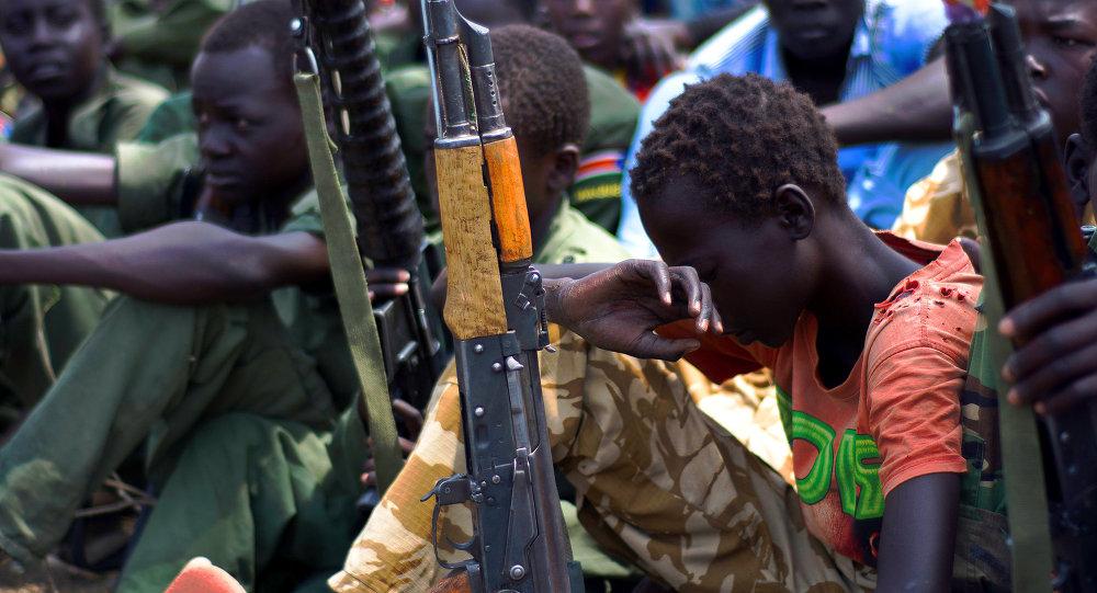 Crianças armadas no Sudão do Sul