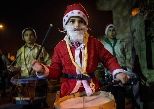 Natal na Síria: Apesar da guerra, há espírito festivo em Damasco.