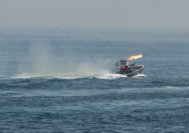 Guarda Revolucionária do Irã realiza exercícios navais no Golfo Pérsico