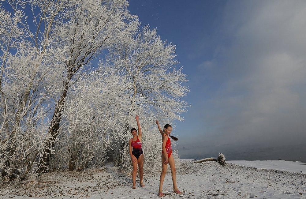 Sibéria: a incrível prática de mergulho no gelo!