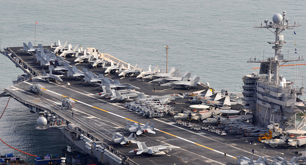 Resultado de imagem para fotos de porta aviões americanos