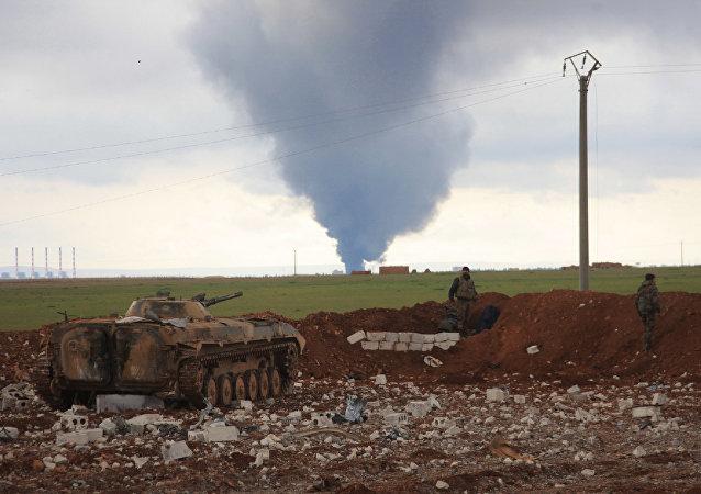 Exército sírio ataca Daesh na província de Aleppo, em 24 de janeiro 2016
