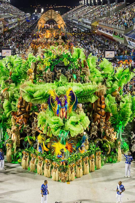 Desfile da Beija-Flor no Carnaval 2015