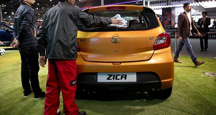 Um Tata Zica durante um evento promocional na Índia