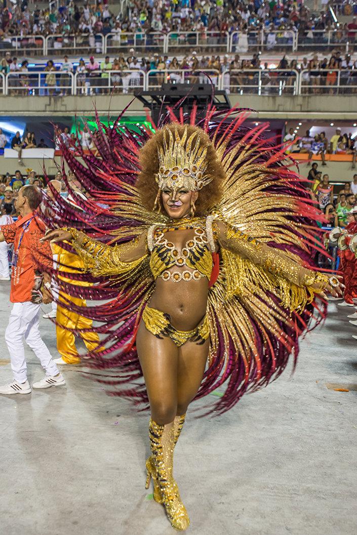 Desfile da Estácio de Sá no Carnaval 2015