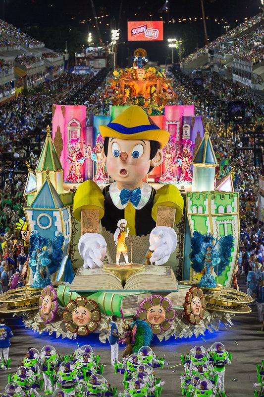 Desfile da União da Ilha no Carnaval 2014
