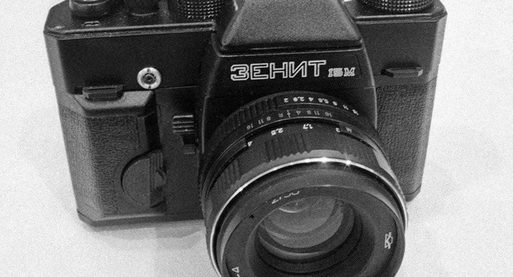 Zenit 1M, uma das primeiras modificações da câmera