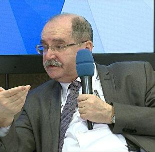 Especialista em América Latina Vladimir Davydov comenta sobre como crise política no Brasil afeta os BRICS