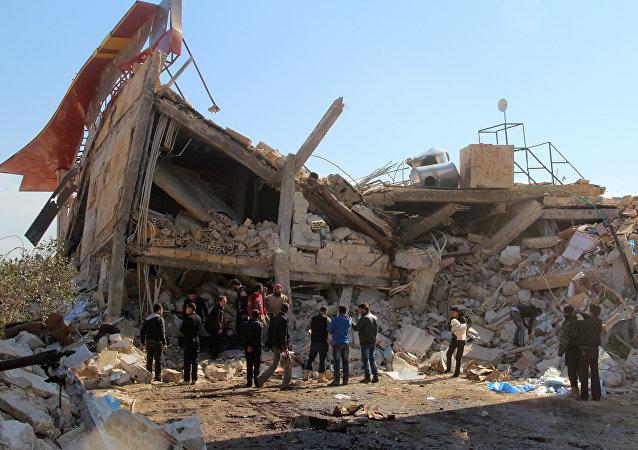 Ruínas do hospital apoiado pela ogranização Médicos Sem Fronteiras, destruído em 15 de fevereiro, província de Idlib, Maaret al-Nuuman, Síria (foto de arquivo)
