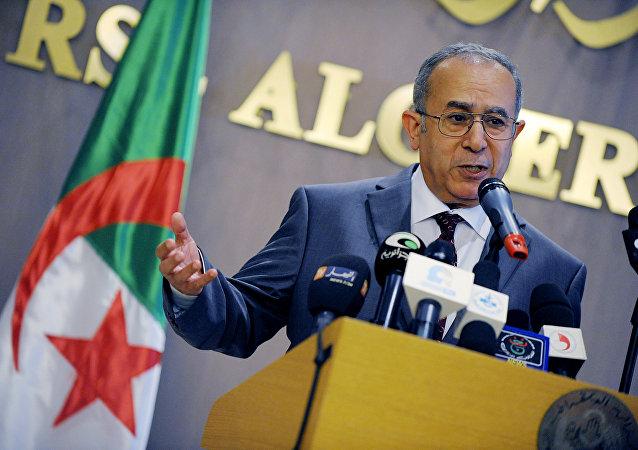 O ministro do Exterior da Argélia Ramtane Lamamra