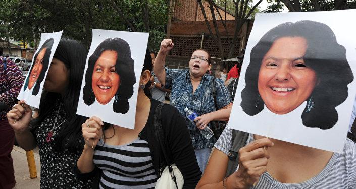 Ativistas protestam contra o assassinato de Berta Cáceres em Honduras