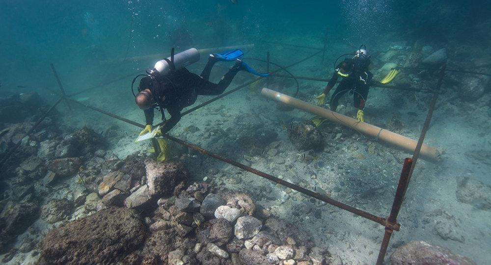 Destroços do navio naufragado Esmeralda, da frota do explorador português Vasco de Gama