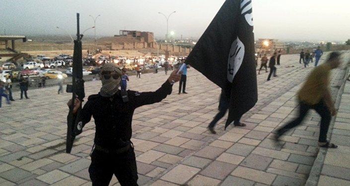 Militante do Daesh em Mosul, Iraque
