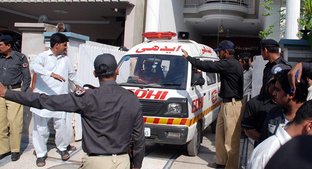 Ambulância em Lahore