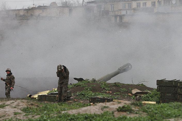 Agravamento do conflito étnico em Nagorno-Karabakh