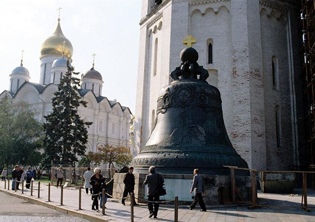O monumento do século 18 Tsar Kolokol (Rei dos sinos)