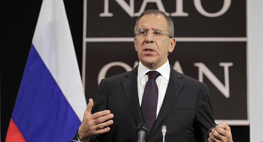 Chanceler russo Sergei Lavrov na conferência da imprensa da OTAN, Bruxelas 2011
