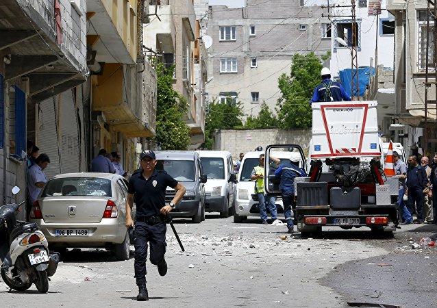 Policial na cidade de Kilis, na Turquia, foto de arquivo