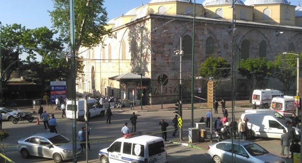 Explosão perto da Grande Mesquita em Bursa, Turquia