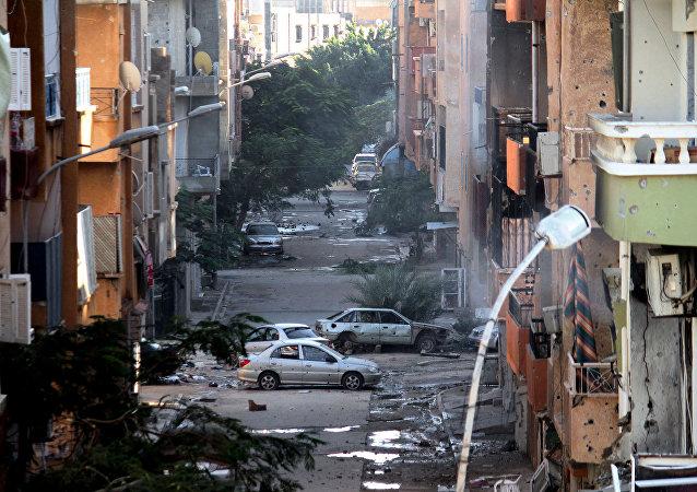 Danos causados por conflitos em Bengazi, Líbia (arquivo)