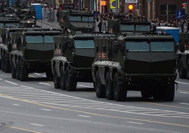 Veículos blindados Typhoon-K e Typhoon-U, da classe MREP (sigla russa de Veículo Blindado Resistente a Minas e Emboscadas)