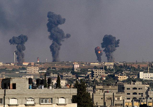 Bombardeios israelenses em Rafah (foto de julho de 2014)