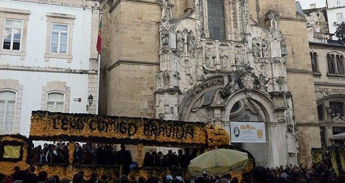 Uma imagem da Queima das Fitas em Coimbra, 9 de maio de 2016