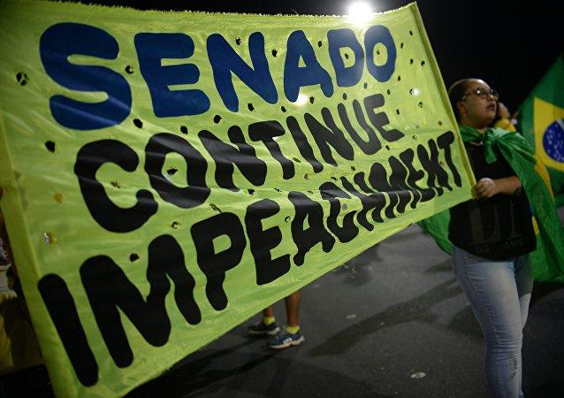 Brasileiros protestam contra o governo Dilma em Brasília, Brasil, 9 de maio de 2016