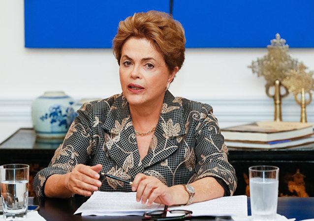 Senado ainda não definiu direitos de Dilma Rousseff em caso de afastamento