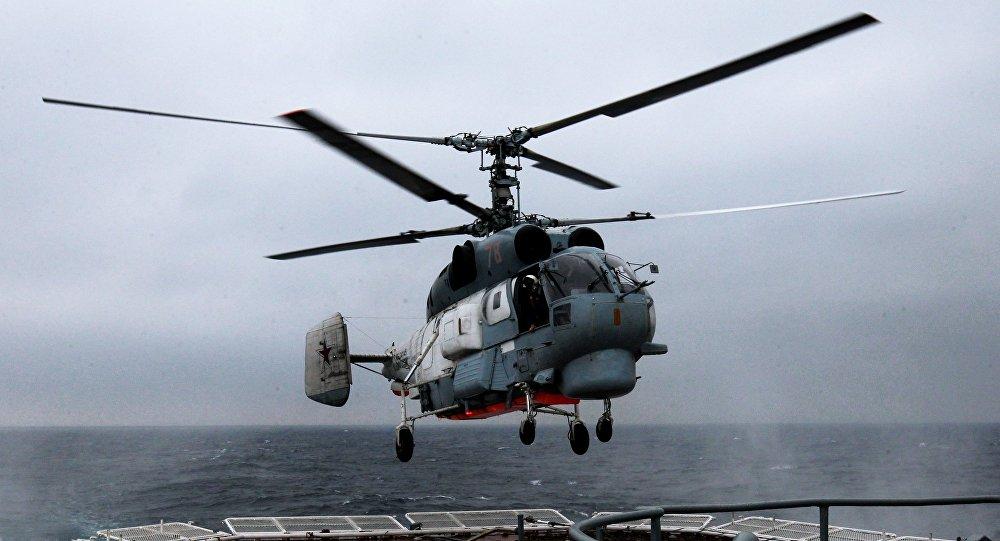 O helicóptero antisubmarino Ka-27 Helix (arquivo)