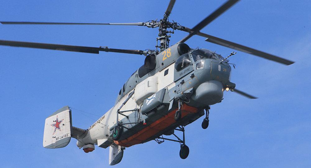 O helicóptero antissubmarino Ka-27 Helix