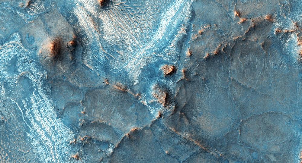 A imagem da fratura Nili Fossae, feita em 5 de fevereiro, 2016 na órbita de Marte