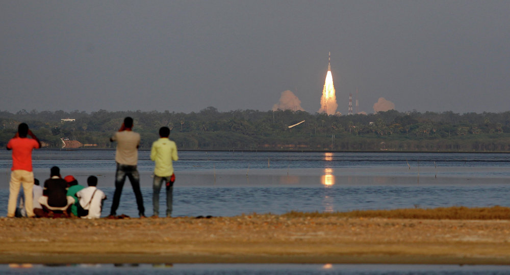 Ínida lançou com sucesso o seu primeiro foguete-portador  reutilizável