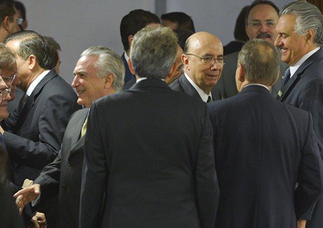 Michel Temer e Politicos na apresentação do novo Pacote Econômico do governo interino