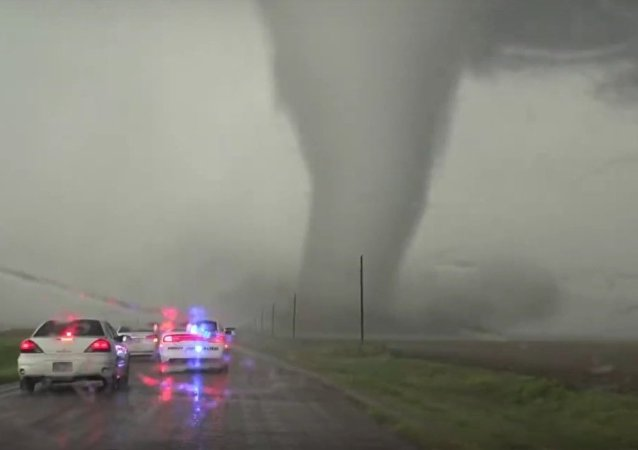 Incrível tornado no estado americano do Kansas