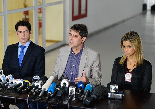 Delegados concedem coletiva sobre investigações de estupro de jovem no Rio