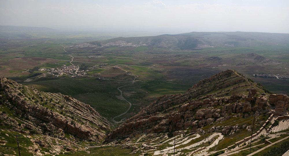 Vista do mosteiro Mar Matti monastery em Bashiqa, ao norte de Mossul, Iraque