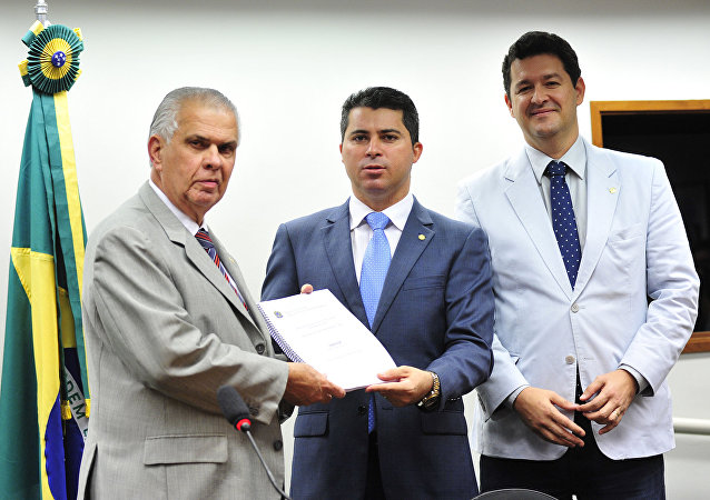 Relator do Conselho de Ética, dep. Marcos Rogério, entrega parecer sobre a cassação de Eduardo Cunha na Câmara