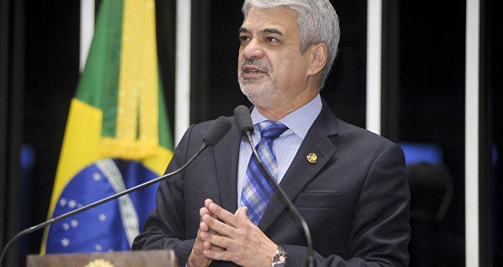 Senador Humberto Costa - PT/PE