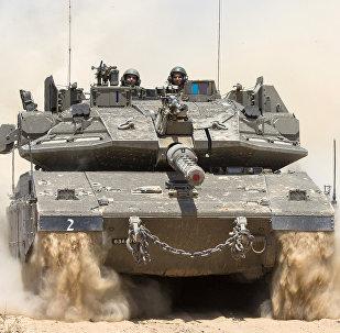Tanque israelense próximo à fronteira entre Israel e Faixa de Gaza, Israel