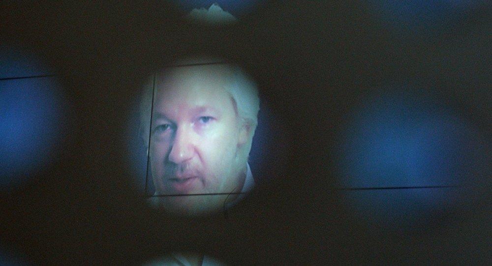 Julian Assange participou em formato vídeo do Fórum Internacional da Mídia em 7 de junho de 2016