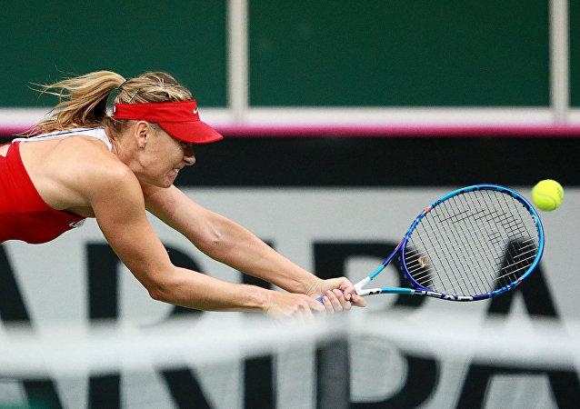 Em 2015, Maria Sharapova enfrentou a tcheca Petra Kvitova na Copa da Federação
