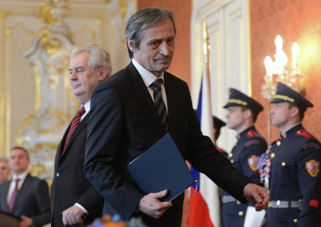 Ministro da Defesa da República Tcheca, Martin Stropnicky