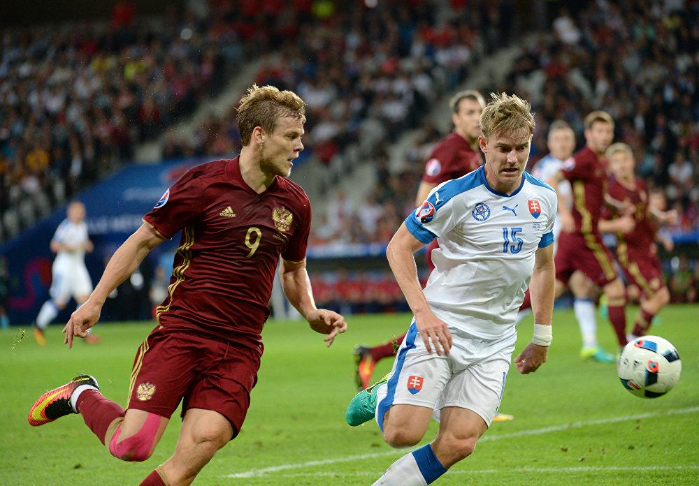Alexander Kokorin, Tomas Hubocan e a bola