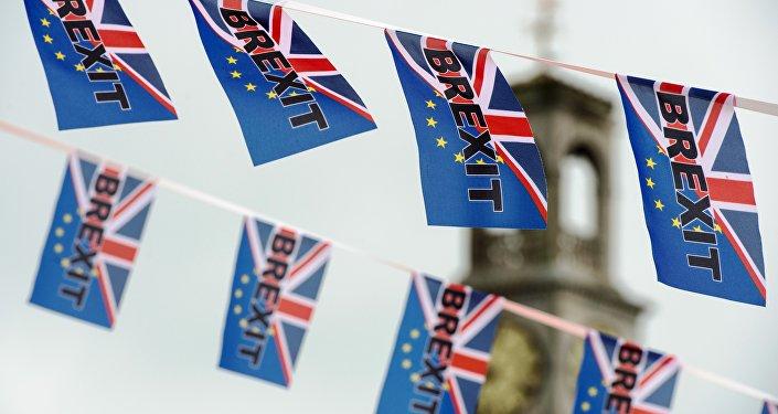 Bandeiras a favor do Brexit, Ramsgate, 13 de junho, 2016.